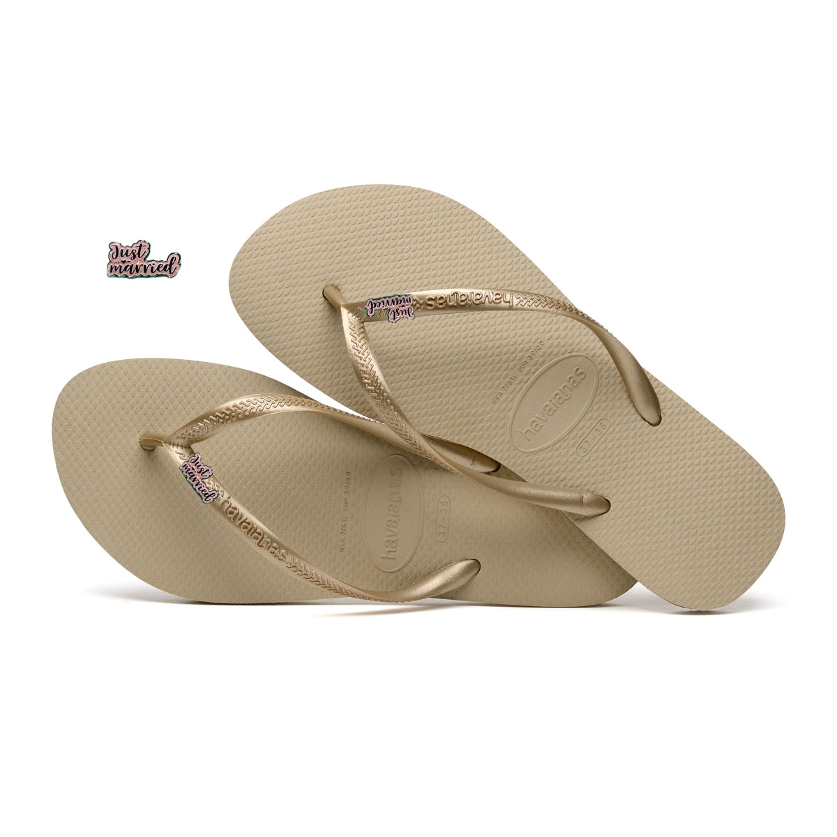 Havaianas Sand Grey Flip Flops with Pink Glitter Just Married Charm