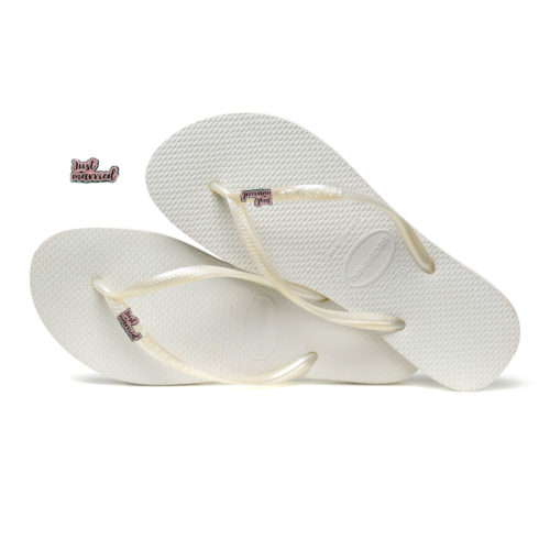 Havaianas White Slim Flip Flops with Pink Glitter 'Just Married' Charm